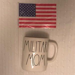 """Rae Dunn """"Military Mom"""" mug 🇺🇸"""